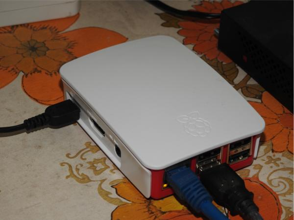 Serveur Raspberry-Pi 2 / Model B (1Go) - YMartin.com/meteo